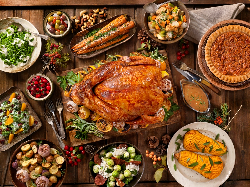 Savor An Unforgettable Traditional Thanksgiving Buffet While Drinking In Some Of The Best Views Palm Desert Seatings Are Available Every Half Hour From